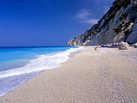 Vraggiana, Agrafa, Evrytania Lefkada  Egremnoi beach - by Ευάγγελος