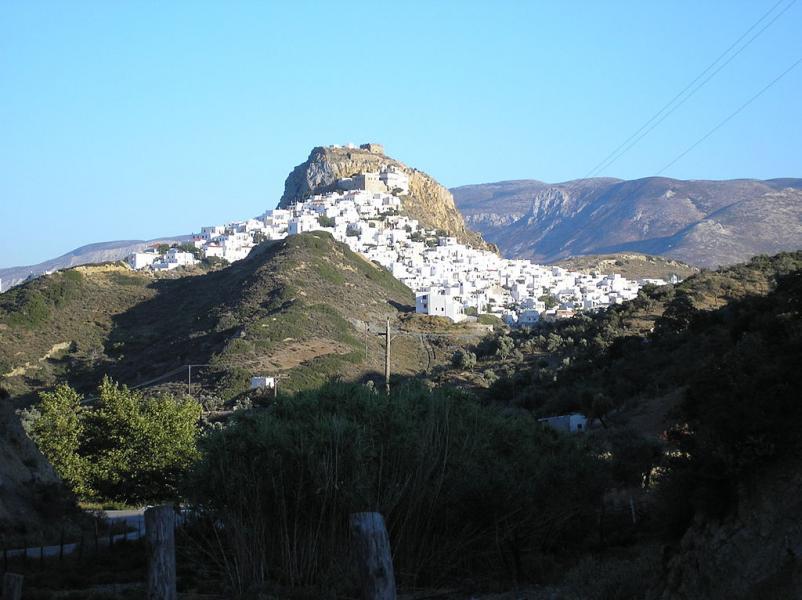 Skyros Island Chora, Skyros  photo by Han borg commons.wikimedia.org