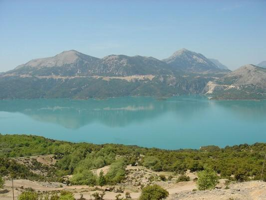 Vlachorraptis, Megalopolis, Arcadia Kremasta Lake  photo by Georgios Pazios (Alaniaris), wikipedia.org