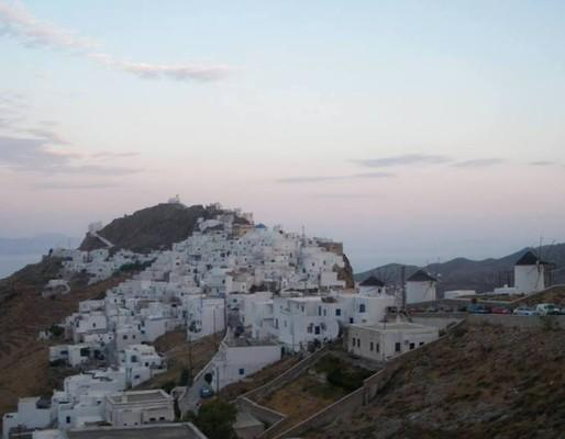 Serifos Town, Serifos, Serifos Island Σέριφος, Άνω χώρα.  Σέριφος, διακοπές με παρέα. - by Anna