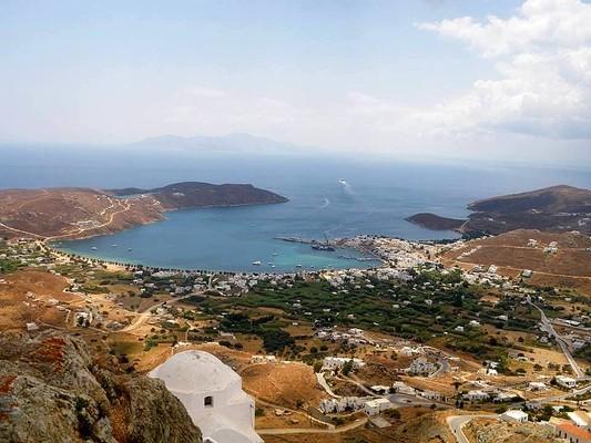 Livadi, Serifos, Serifos Island Carte Postale  Το λιμάνι της Σερίφου. - by Anna