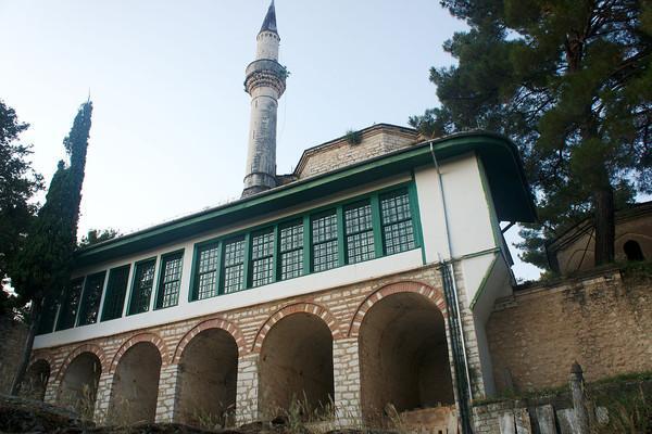 , <br>photo by Inkey, wikipedia.org