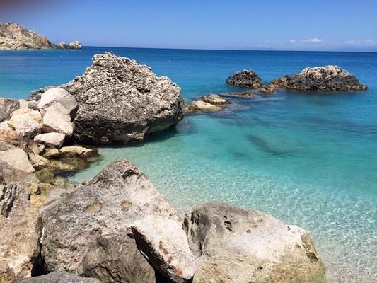 Lefkada Island Paradise on earth  Beautiul beach in Lefkada - by Quendi