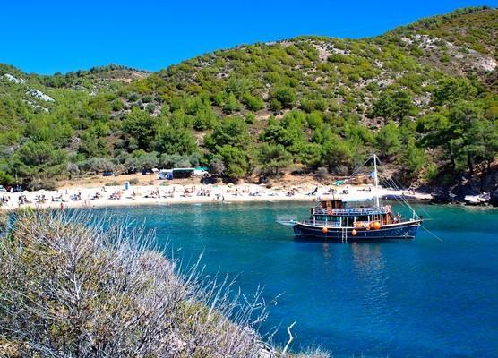 Archaggelos Island