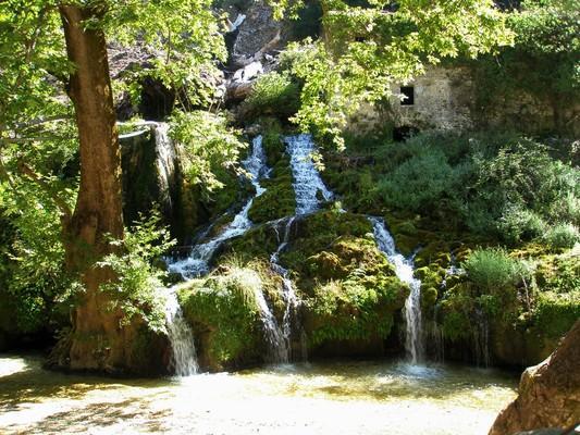 Potamia, Souli, Thesprotia Θεσπρωτία, μύλοι Σουλίου.  Η φύση έχει ντύσει πανέμορφα τους παλαιούς νερόμυλους, κάτω από το ηρωικό χωριό Σούλι, στην Θεσπρωτία. - by spidrman