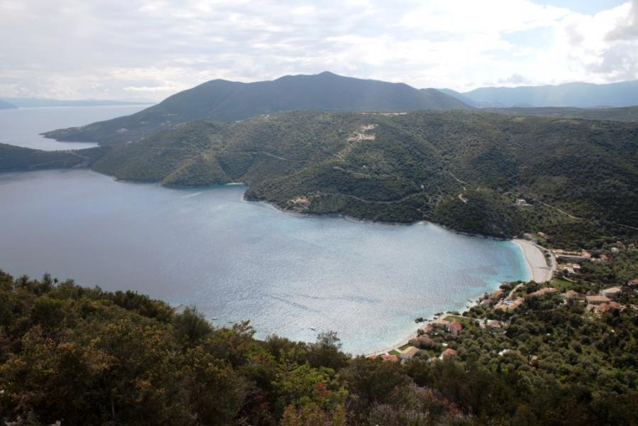 Lefkada Island Mikros Gialos Beach  photo by www.lefkada.gr