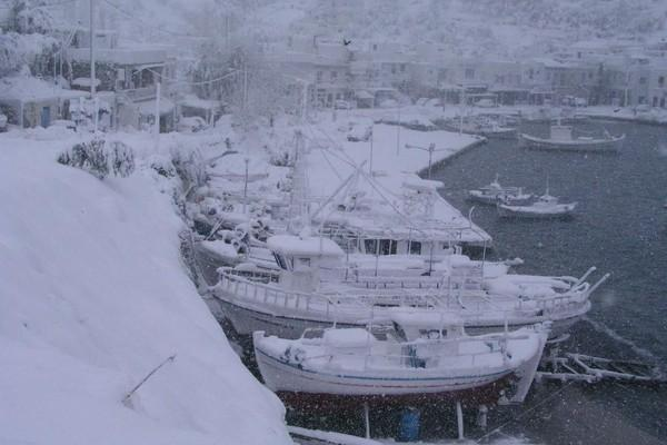 Linaria, Skyros, Skyros Island Porto Bianco  Winter in Linaria - snow was not expected! - by tonino