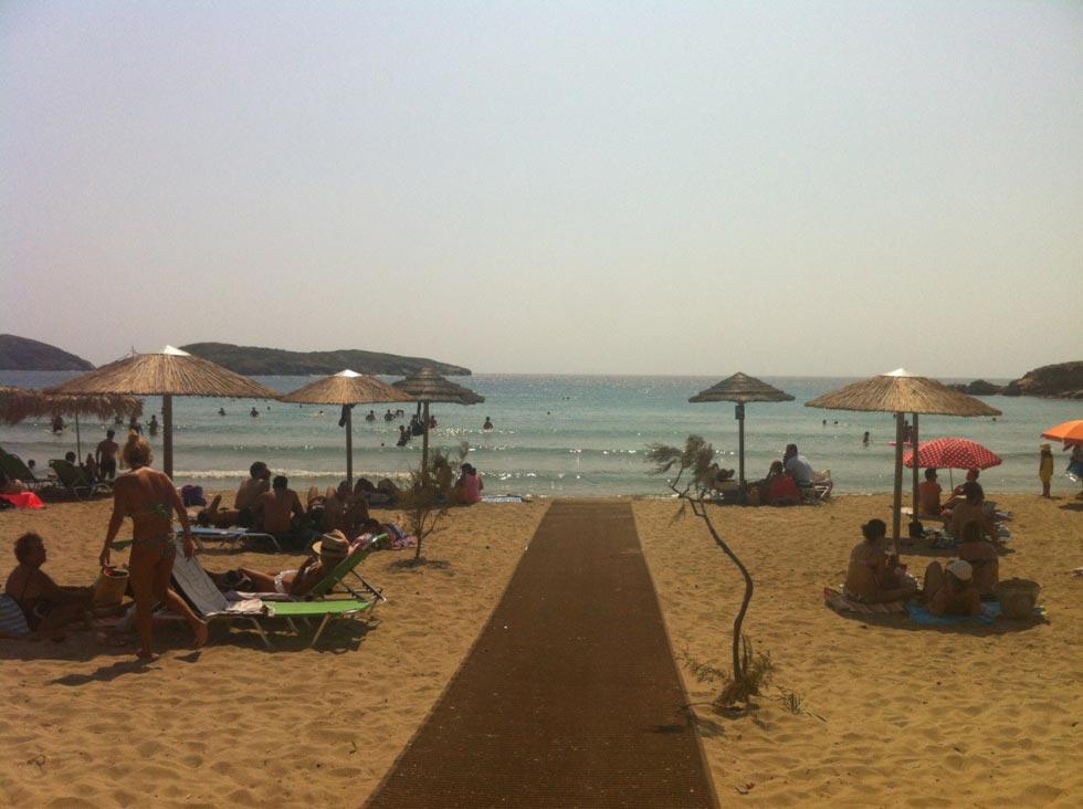 Poseidonia, Syros, Syros Island Παραλια Αγκαθωπες  - - by konhat