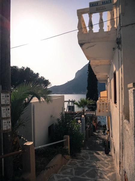Masouri, Kalymnos, Kalymnos Island Προς παραλία Μασουρίου   Μασούρι / Κάλυμνος