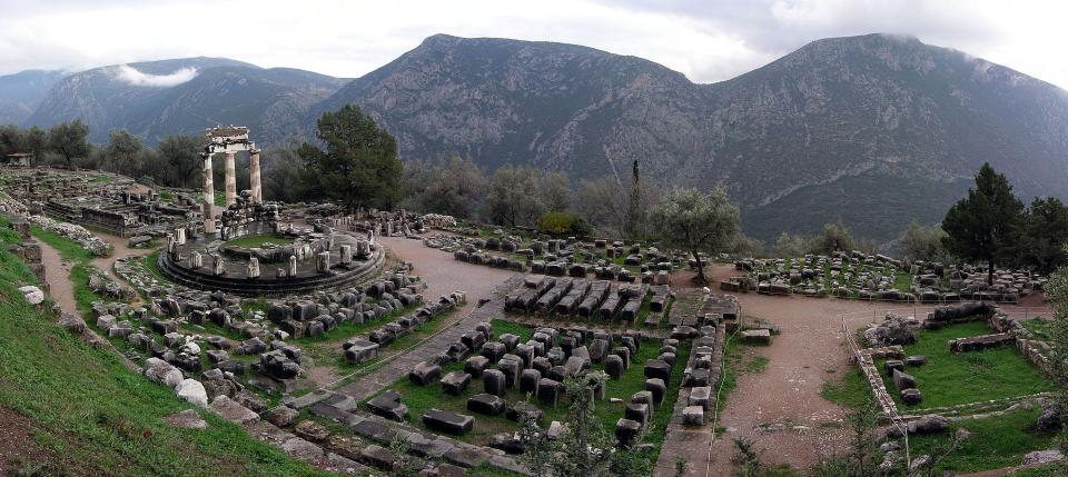 Delphi, Delphi, Phocis Tholos of Athina Pronaia  Photo by Luarvick  wikipedia.org