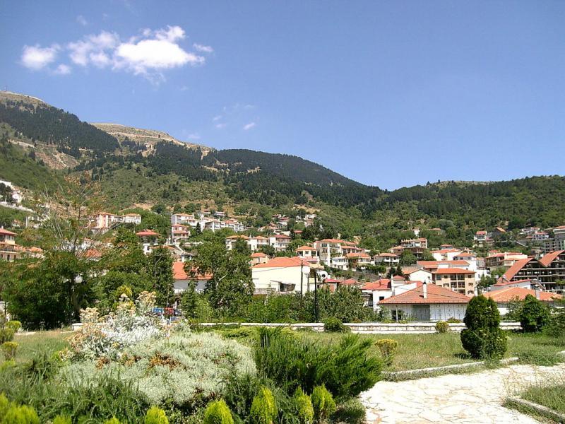 Karpenisi, Karpenisi, Evrytania Kaprenisi  photo by Giorgos Pazios www.wikimedia.org