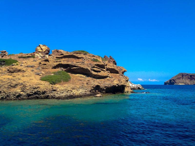 Kimolos Island Dragon rock  Soufi beach - by adampao