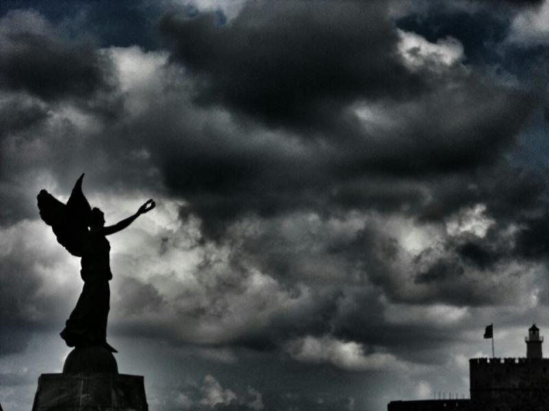 Rhodes Town, Rhodes, Rhodes Island Δαφνοστεφανωμένη   Μανδράκι - Νέα πόλη