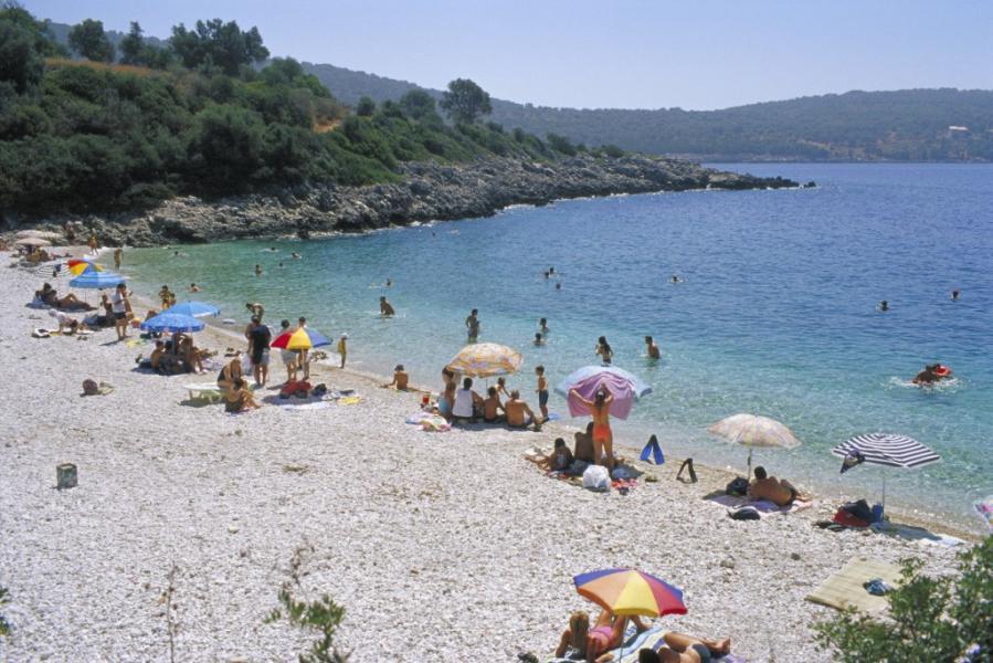 Lefkada Island Amouso Beach  photo by www.lefkada.gr