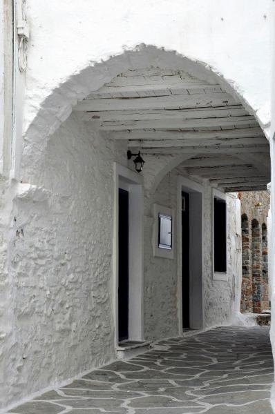 Kythnos Town, Kythnos, Kythnos Island Small street in Kythnos  Copyright: Δήμος Κύθνου - Municipality of Kythnos