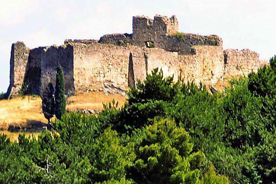 Vitalades, Corfu, Corfu Island Castle of Mendenitsa  photo by Кардам, wikipedia.org