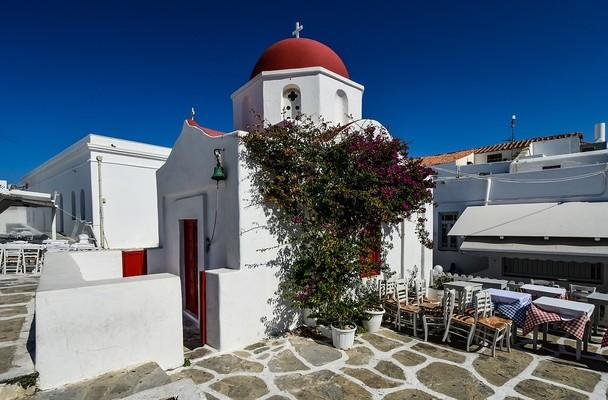 Agios Nikolaos Chapel  photo by pixabay