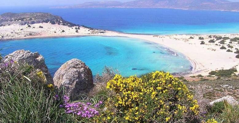 Agios Nikolaos, Paros, Paros Island Mikros Simos Beach  photo by Tkoletsis, wikipedia.org