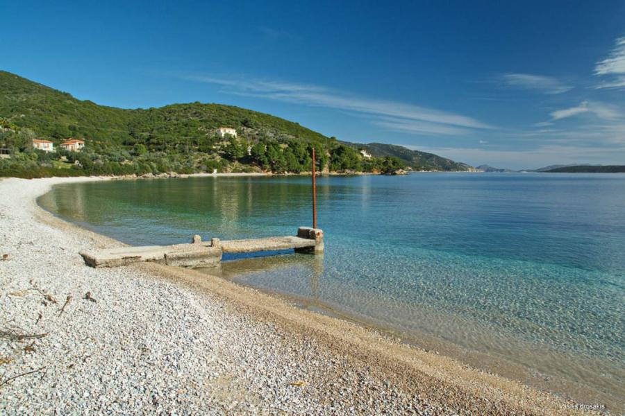 Alonnisos Island Glyfa beach  Photo by Vasilis Drosakis
