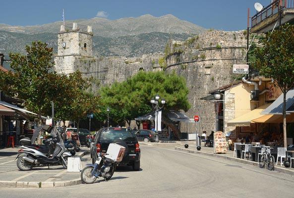 Telisi Athamaniou, Central Tzoumerka, Arta Ioannina Castle  photo by Pudelek, wikipedia.org