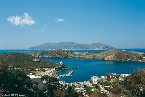 Ios Port   photo by Y Skoulas, www.visitgreece.gr