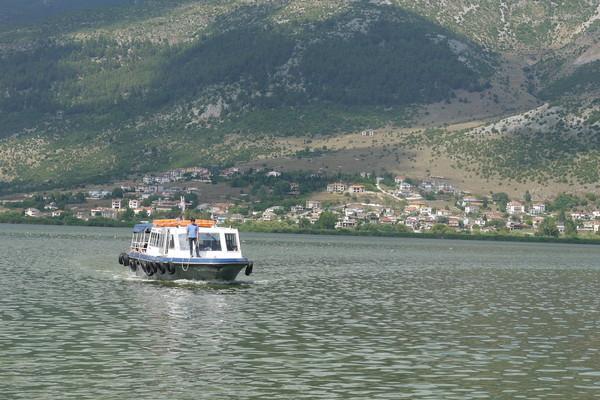 Lefkos, Ditiki Achaia, Achaea boat in the lake  ioaninna island - by κκ