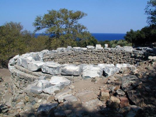 Vasilikos, Igoumenitsa, Thesprotia Foundation of the Arsinoé Rotunda  photo by Marsyas, wikipedia.org